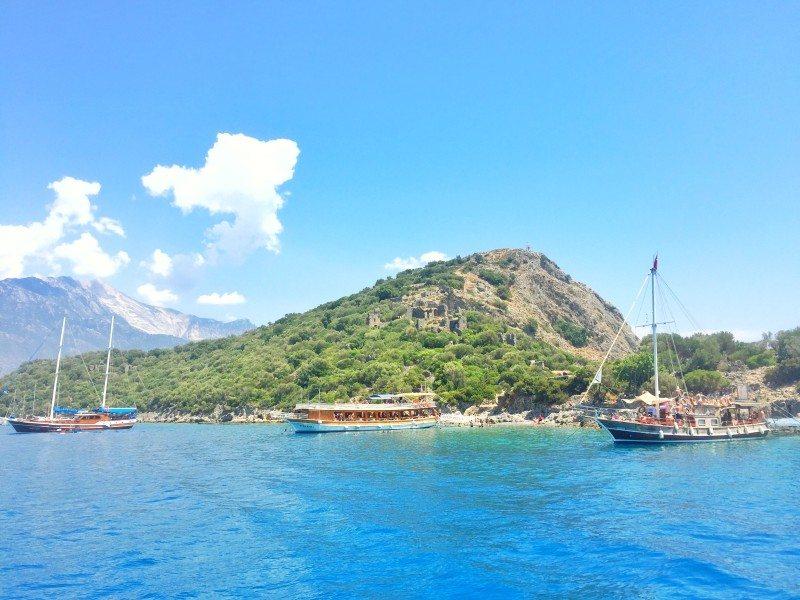 barco-tour-ilhas-Oludeniz