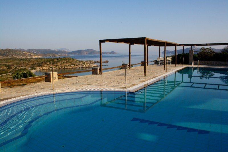 milos achivadolimni bungalows camping grecia.