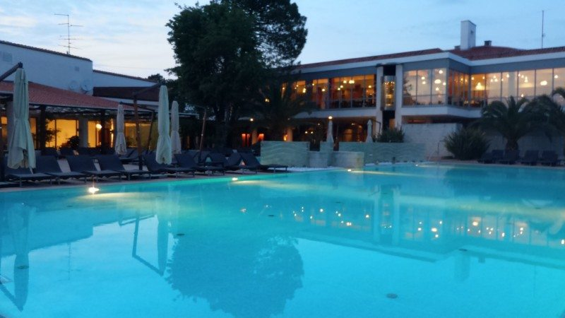 Foto da piscina do Meliá Coral Beach Club, em Umag. na Croácia