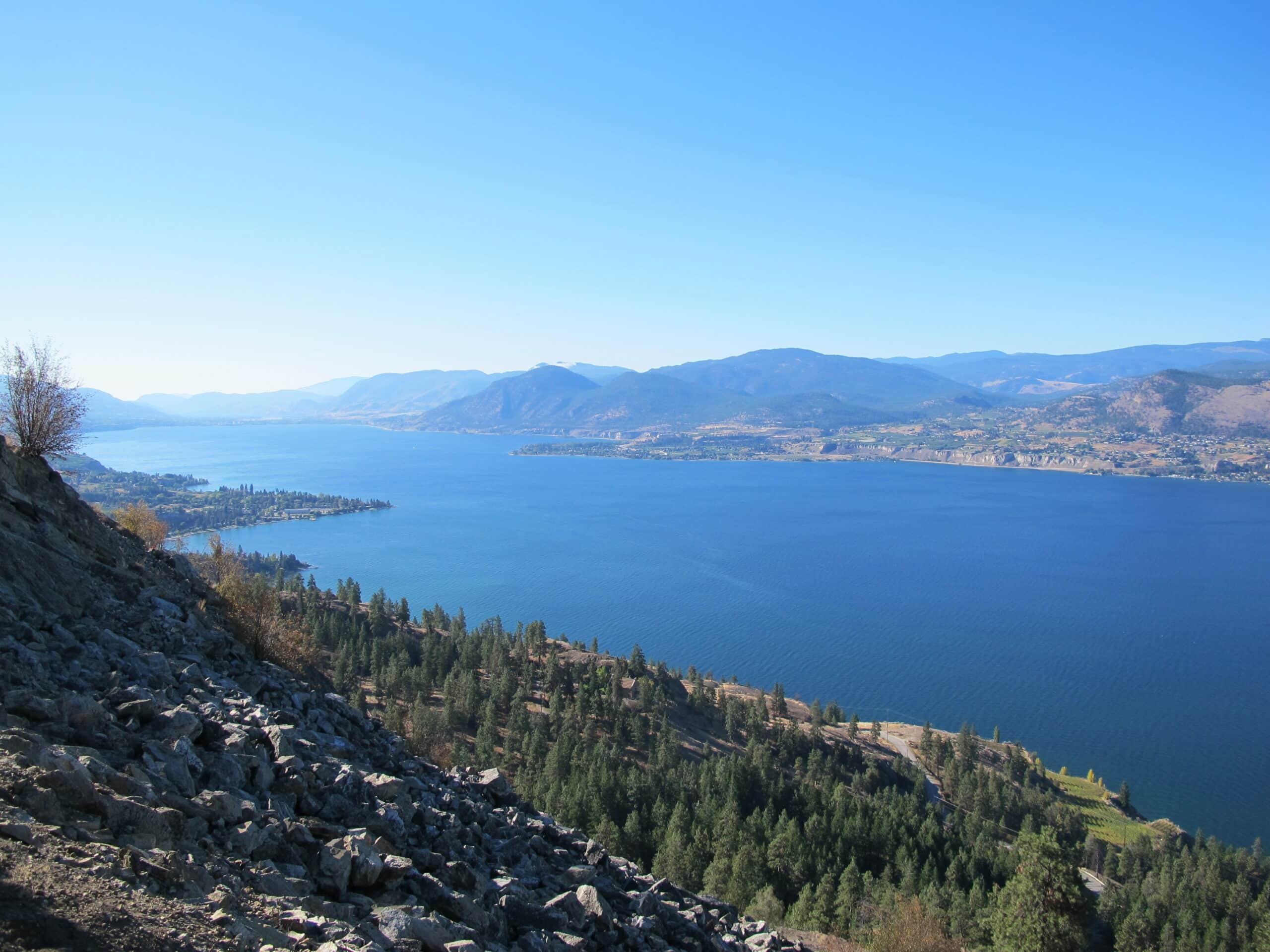 Rota do Vinha - Lago Okanagan na Columbia Britânica. Foto: Flávio Antunes