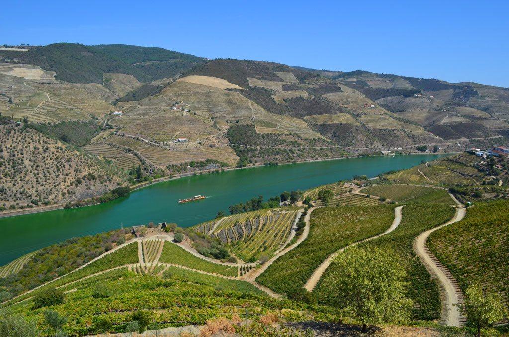 Roteiro Portugal: 10 lugares que você precisa conhecer quando estiver por lá | Dicas de Viagem | pontos turisticos de Portugal