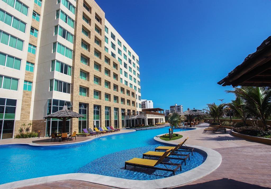 Piscina do Gran Mareiro, um dos hotéis em Fortaleza