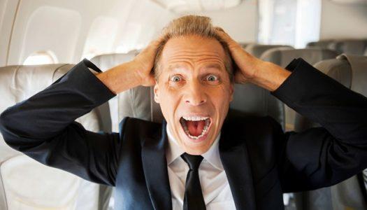 11 dicas essenciais para embarcar em uma longa viagem de avião