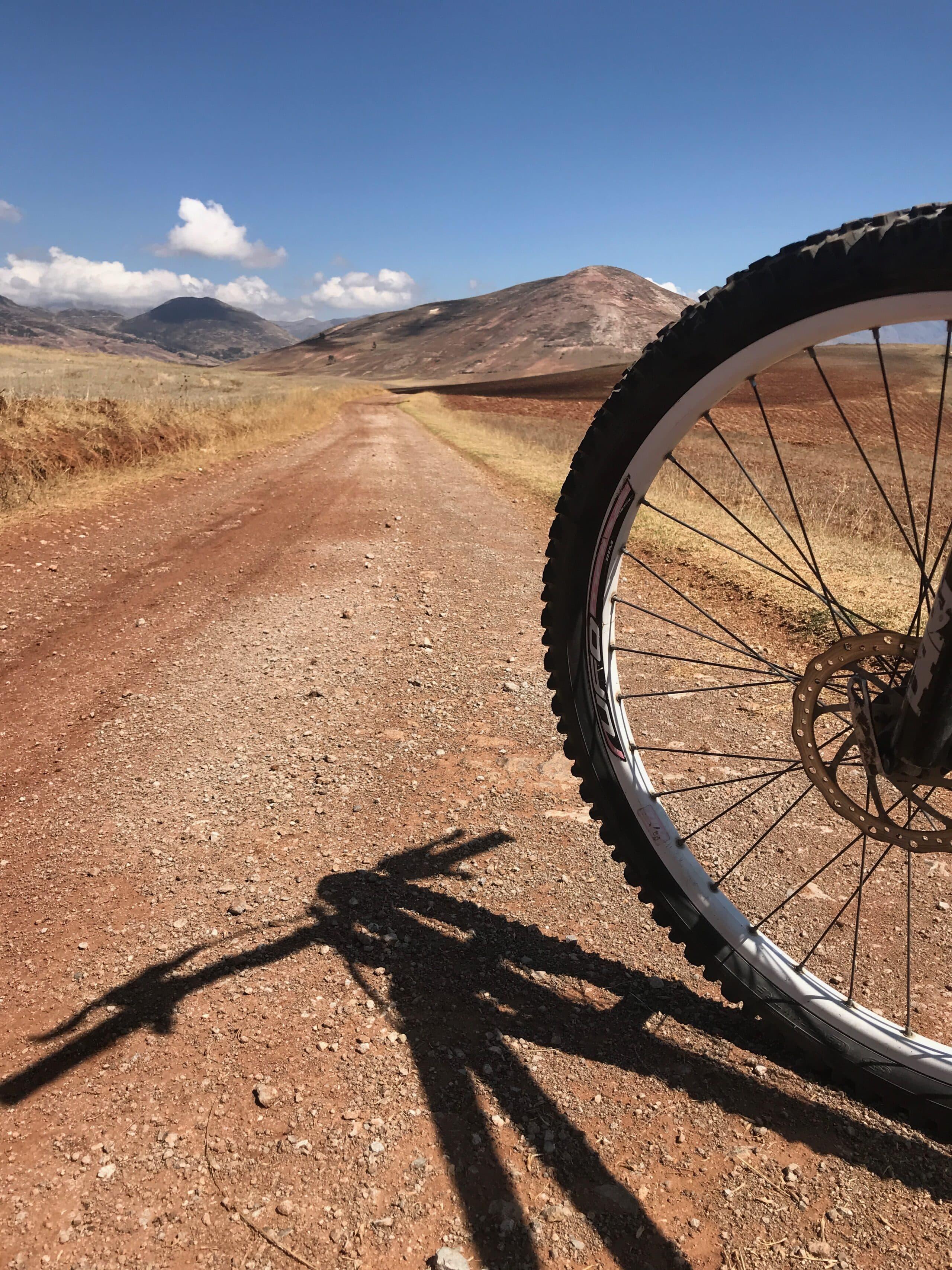 Passeio de bike por Moray e Salinas de Maras