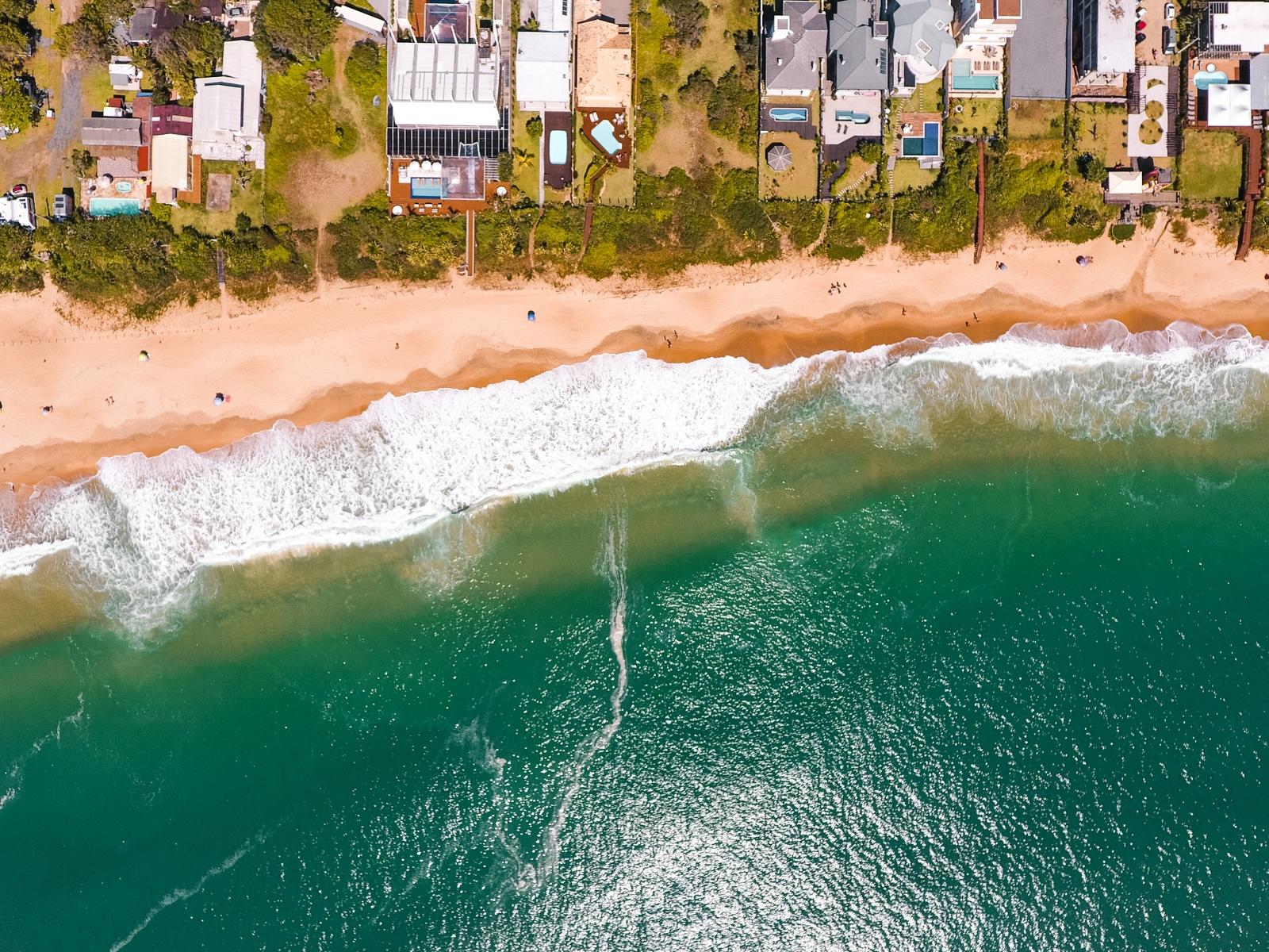Foto de cima da Praia do Estaleirinho, minha preferida! Foto: Diego Imai