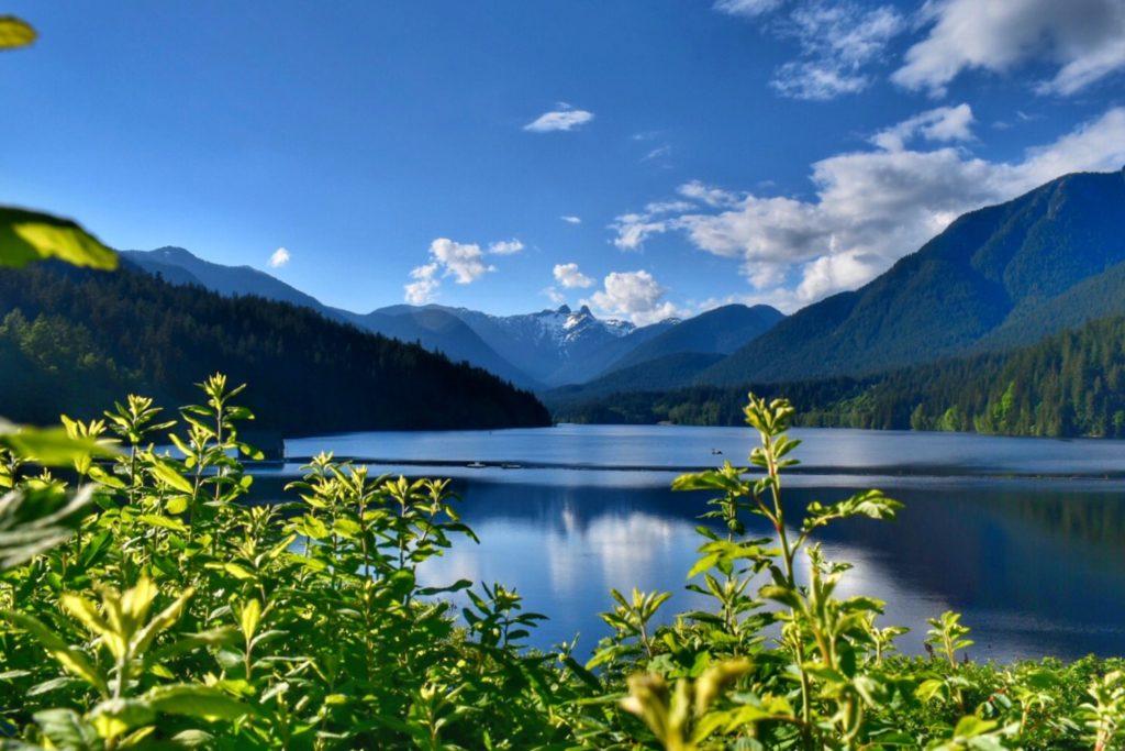 Capilano Dam, no caminho para a Grouse Mountain e a Capilano em Vancouver