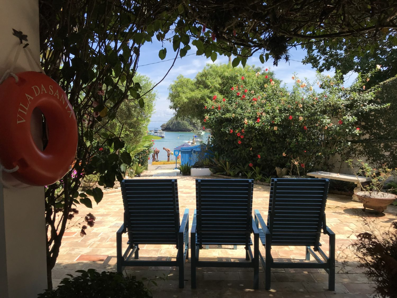 Vista da varanda da Casa Secreta - o acesso a praia Hotel Vila da Santa
