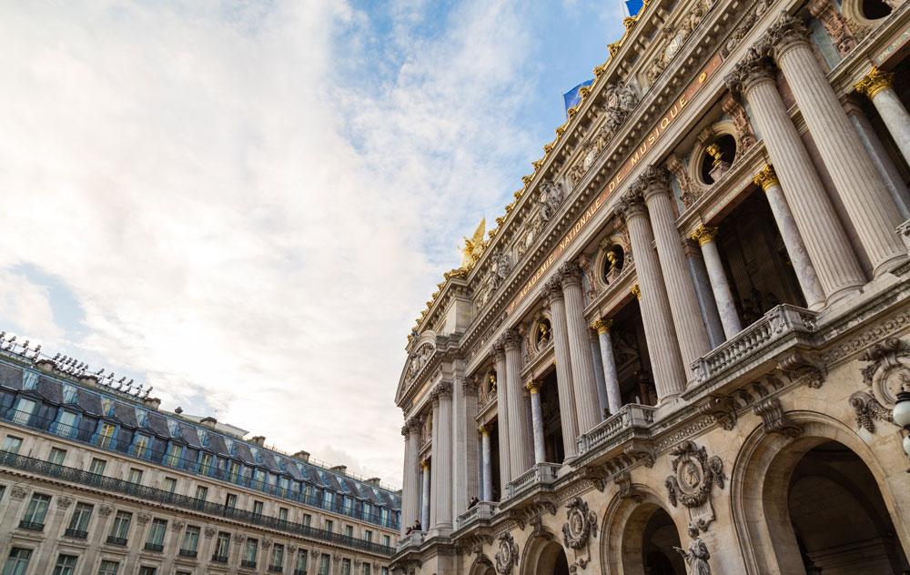 Hôtel du Lion d Or Louvre  uma excelente opção custo-benefício em Paris.  Clique para saber mais sobre preços e reservas. ce4e59ddb8