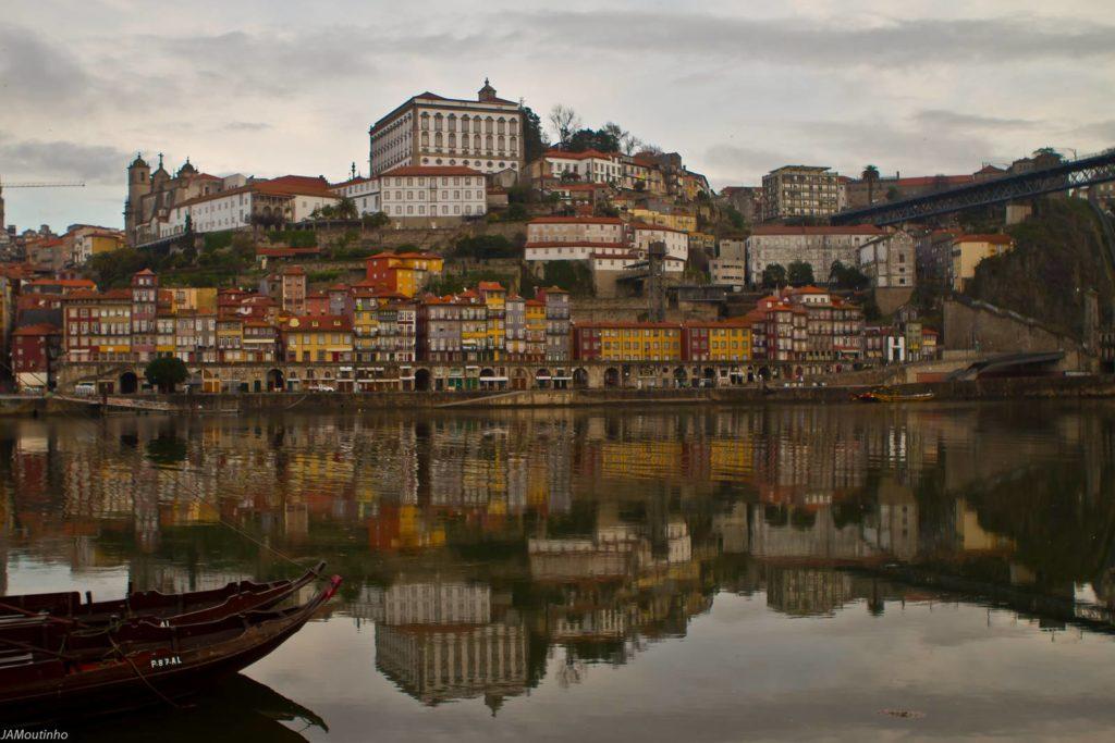 Zona Ribeirinha - Onde ficar em Porto