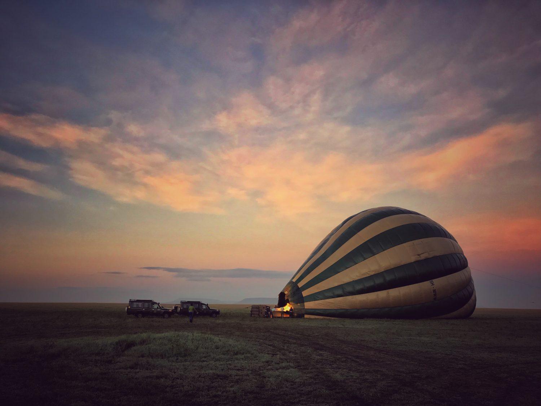 passeio de balão no serengeti