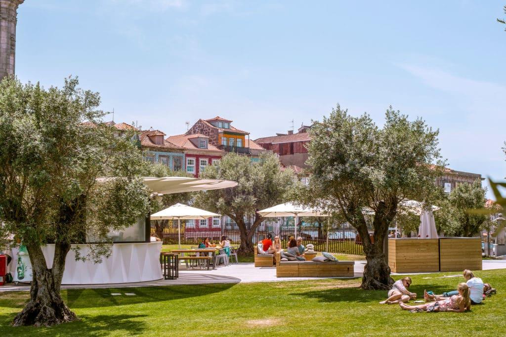 Base em Porto, Portugal | Melhores Rooftops e Bares da cidade do Porto em Portugal