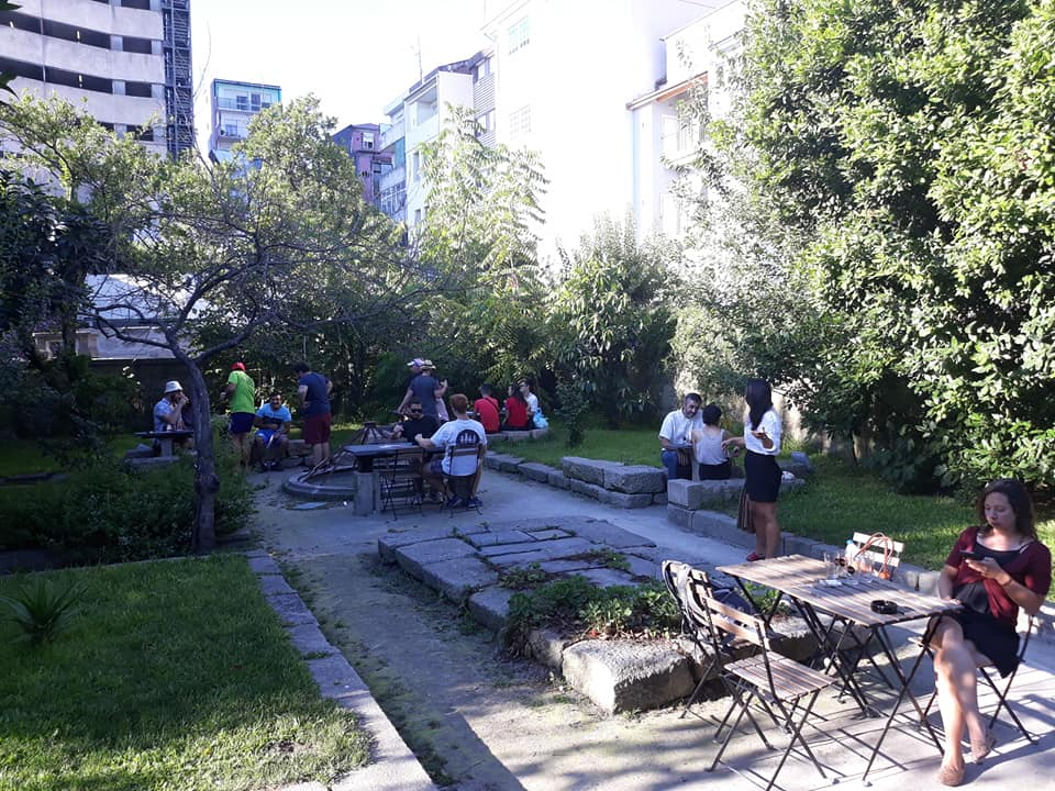 Letraria Craft Beer Garden em Porto, Portugal