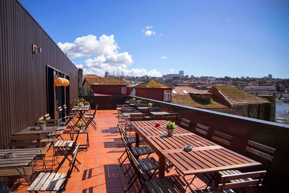 Mirajazz em Porto, Portugal | Melhores Rooftops e Bares da cidade do Porto em Portugal