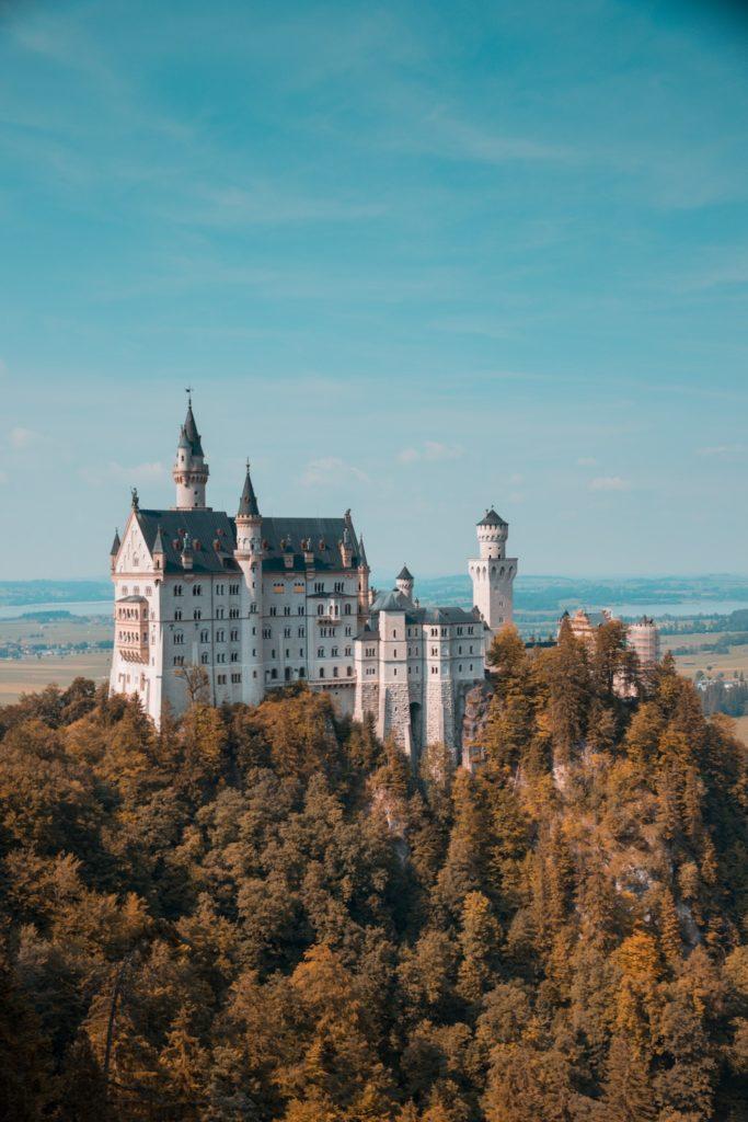 Prepare-se para estudar na Alemanha sem nenhum contratempo e contrate um seguro saude internacional.