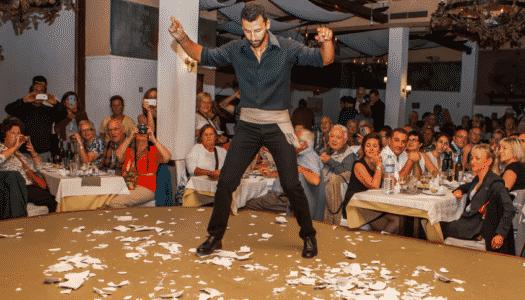 Restaurantes em Atenas: lugares imperdíveis para jantar na cidade