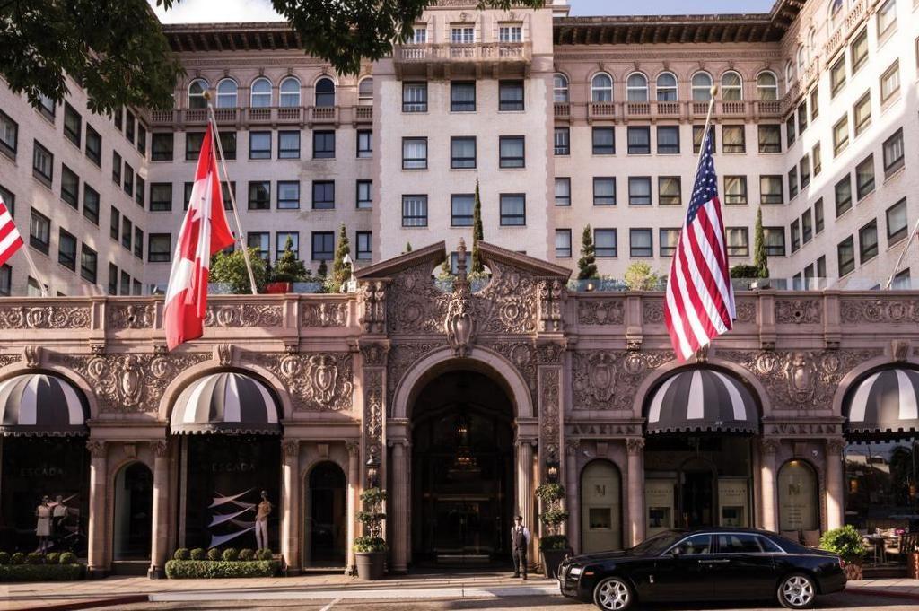 """O Beverly Wilshire Hotel onde foi gravado """"Uma linda Mulher"""" - O que fazer em Los Angeles"""