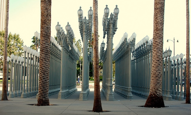 LACMA: Urban Light - Foto: Roshan Vyas via Flickr