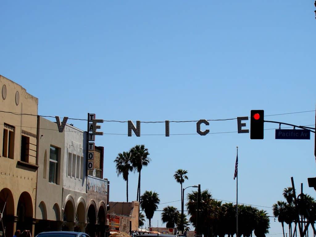 venice beach placa - O que fazer em Los Angeles
