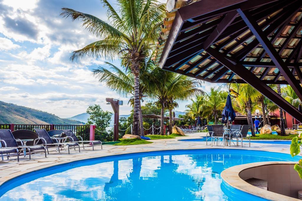 Piscina da Pousada Balneário do Lago Hotel