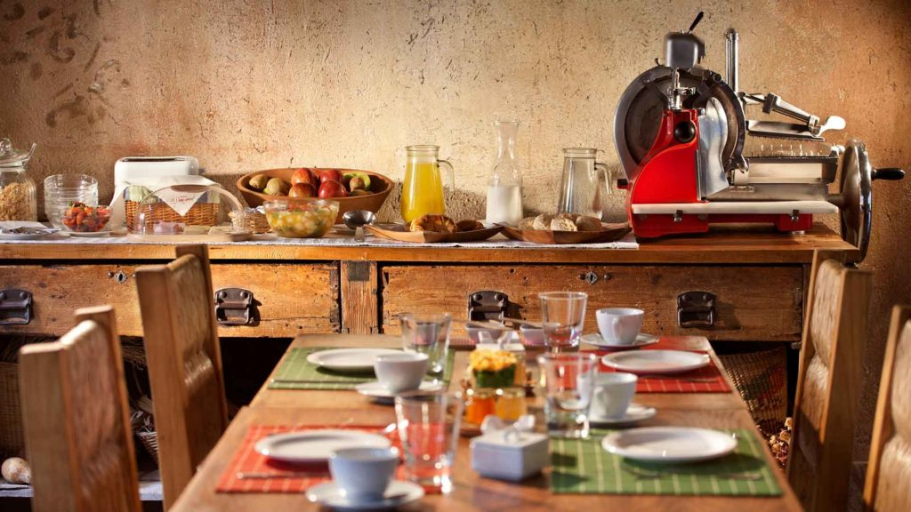 Posada Borravino - mesa cafe