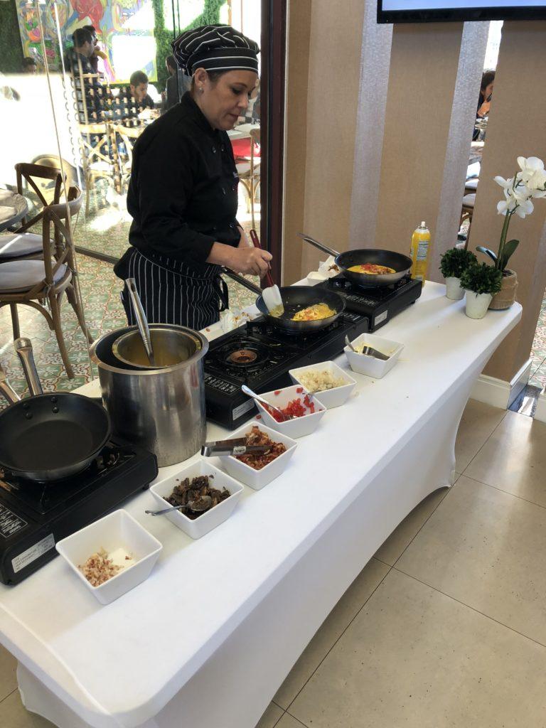 area para fazer omelete no cafe da manha