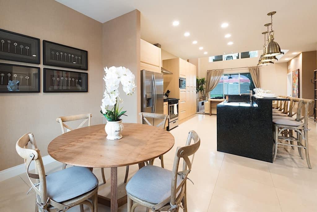 vista da cozinha na sala