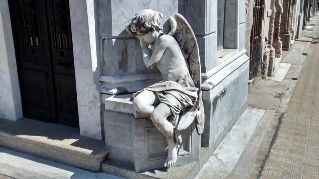 Escultura de Anjo no Cemitério da Recoleta