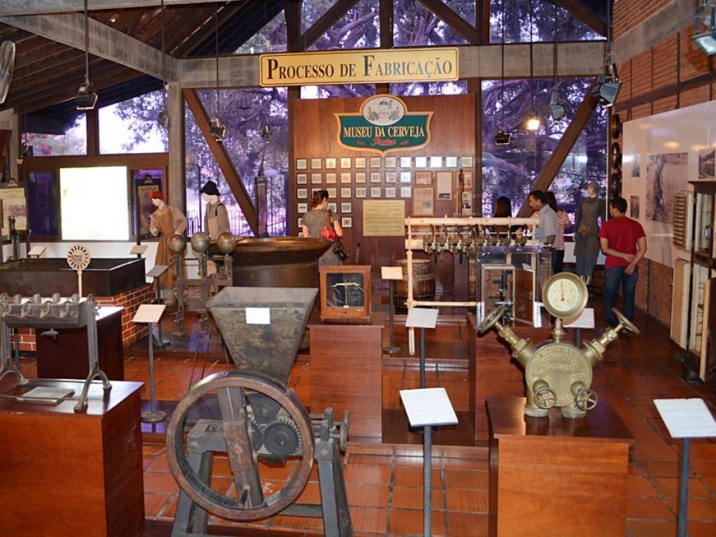 Vista de dentro do Museu da Cerveja de Blumenau. Foto do site Turismo Blumenau.
