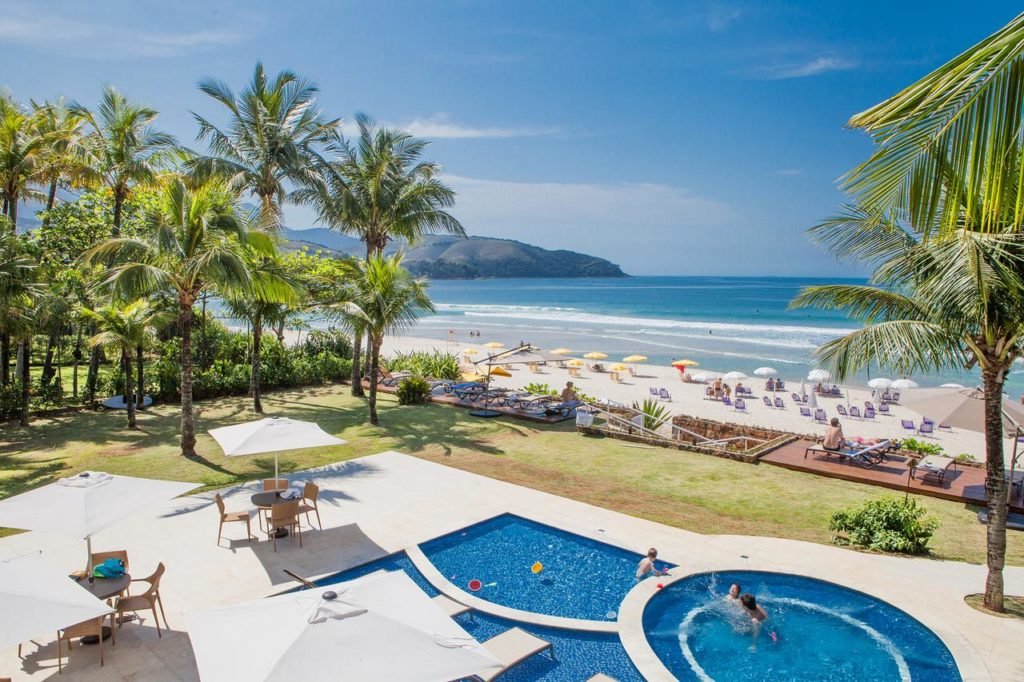 Piscina do Amora Hotel, em Maresias