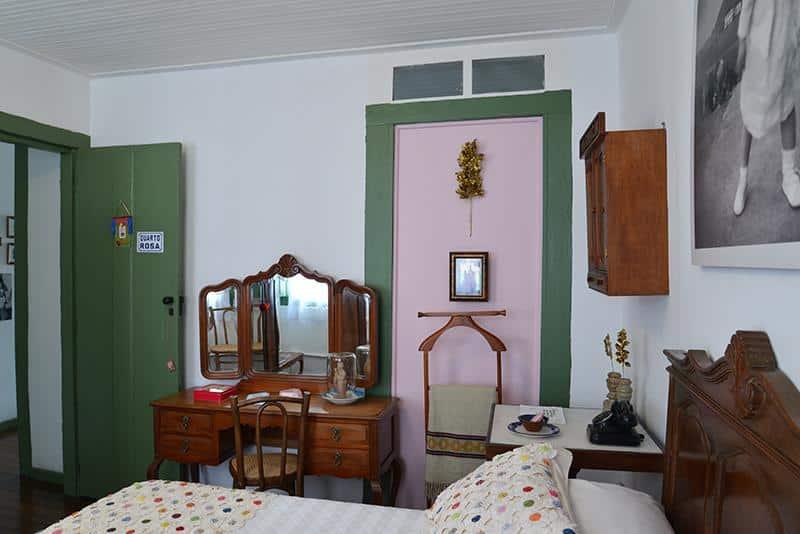Quarto decorado da Casa de Rosa