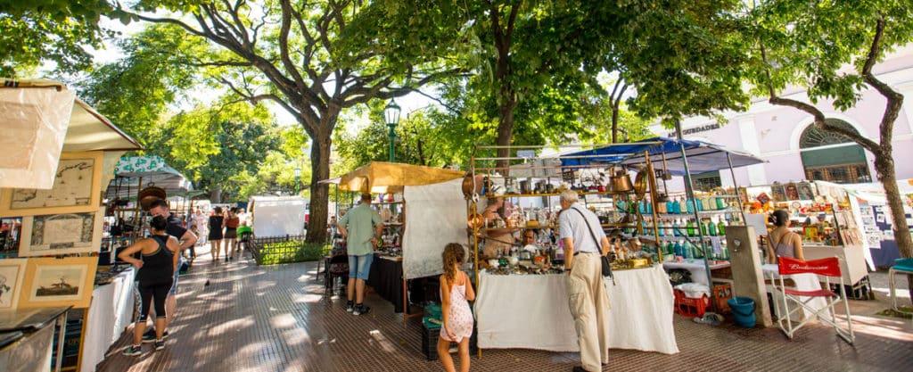 Pontos turisticos em buenos aires -A feirinha de San Telmo em Buenos Aires - Foto: Turismo Buenos Aires