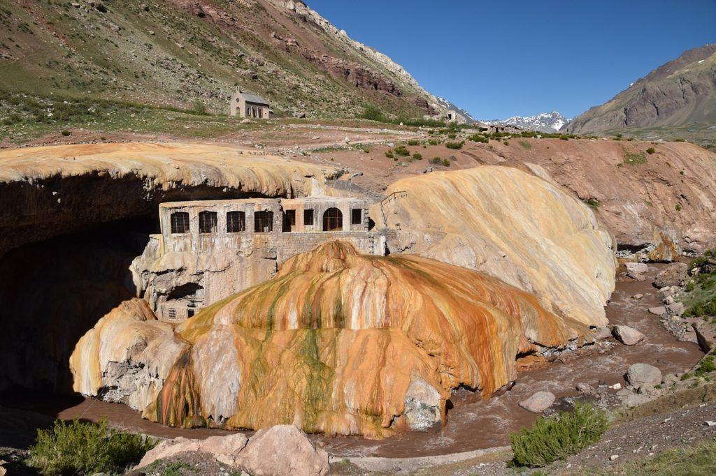 Vista da Puente del Inca. Foto de magicaltravelling via Pixabay