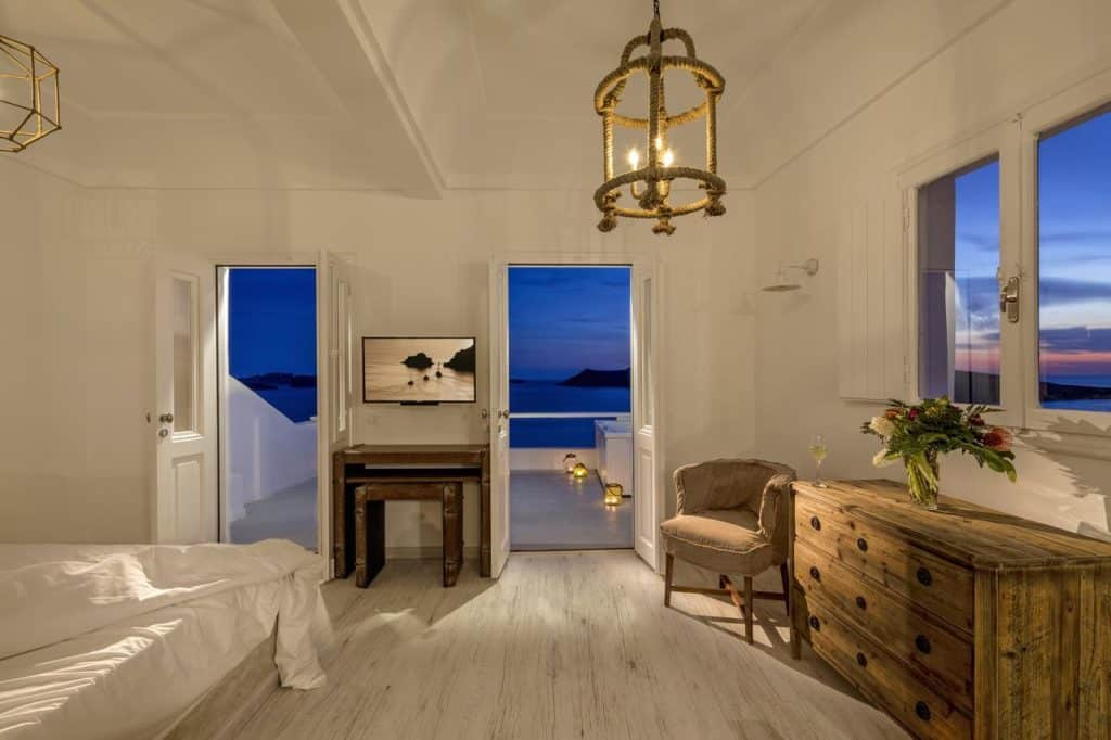 Quarto com vista do hotel de luxo White Pearl Villas.