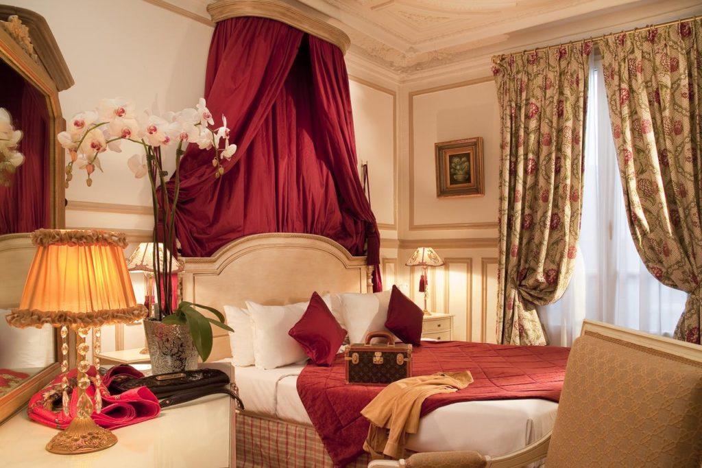 O quarto chiquérrimo do Residence Henri IV - Foto: Divulgação
