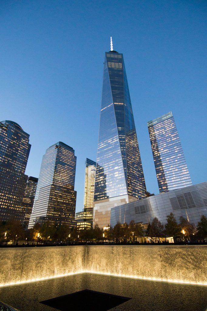 Roteiro Nova York 1 dia: A torre World Trade Center em Nova York - Foto de Jacqueline Schmid por Pixabay
