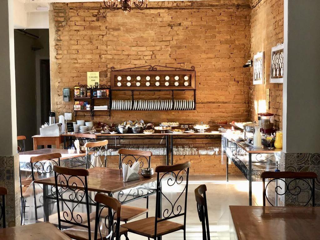 Restaurante no Hotel Ace Suites Inn em Petropolis