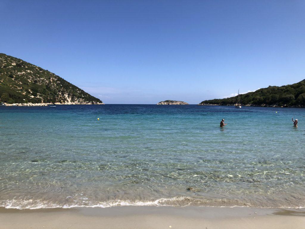 Atheras Beach , boa para família e bem tranquila