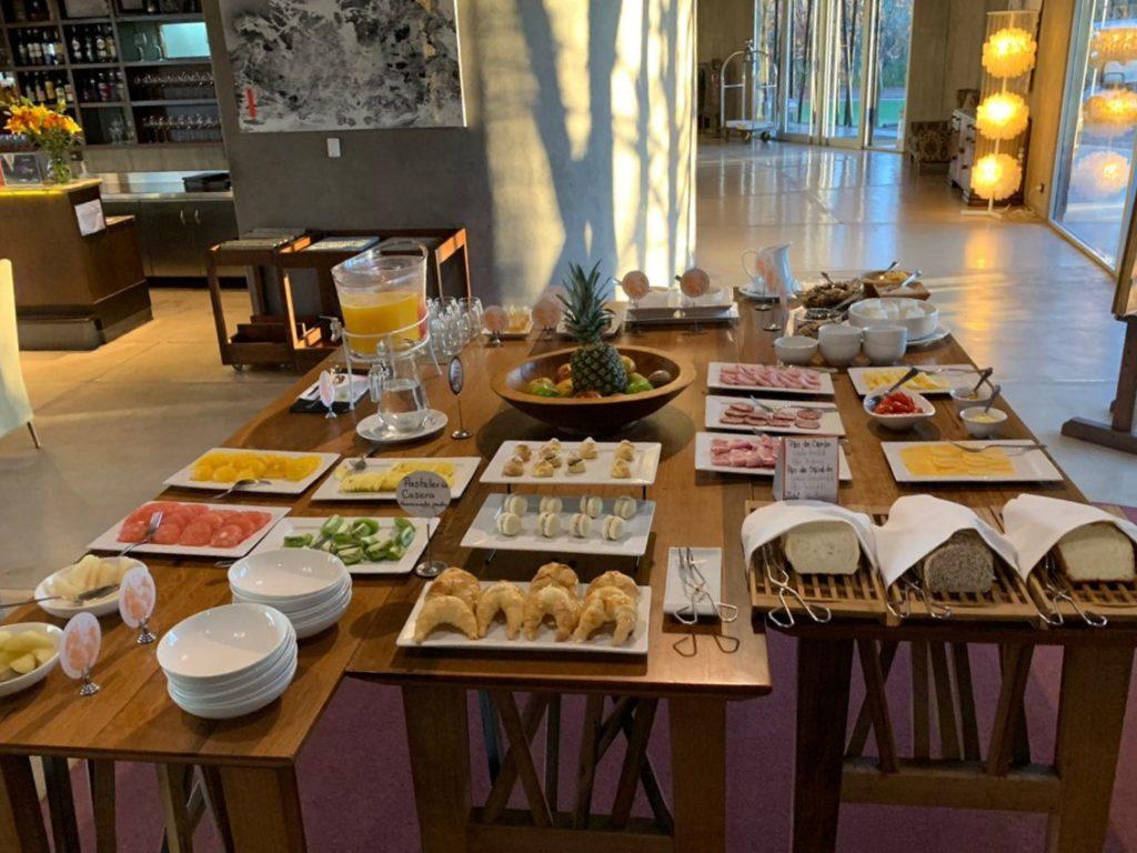 Café da manhã de qualidade no Entre Cielos Mendoza. Foto de Bruno Tavares