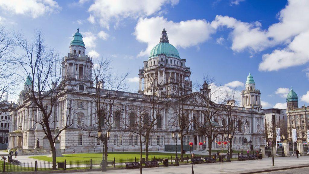 O que fazer em Belfast - Belfast City Hall - Foto: VisitBelfast
