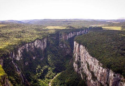 viagem no feriado de Corpus Christi - Canion Itaimbezinho em Cambará do Sul. Foto @eusouogabriel via Flickr