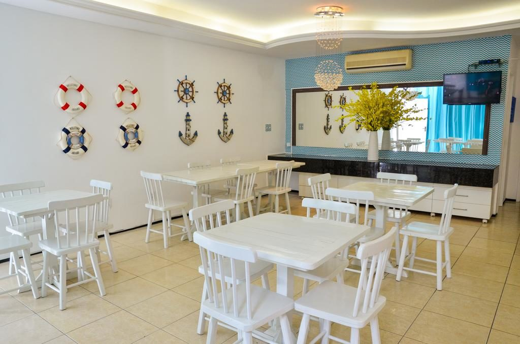 Casa da Adriana Pousadas em Fortaleza - restaurante