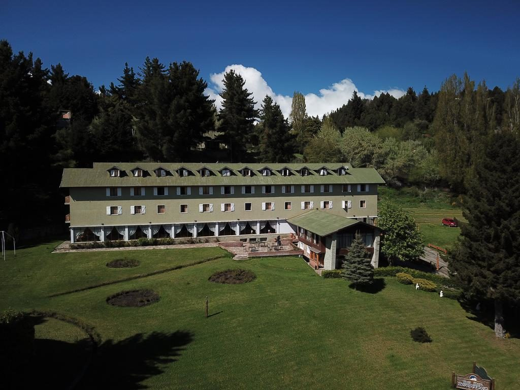 O Gran Hotel Panamericano - Diárias para casal com café da manhã e estacionamento a partir de R$ 350. Onde ficar em BAriloche