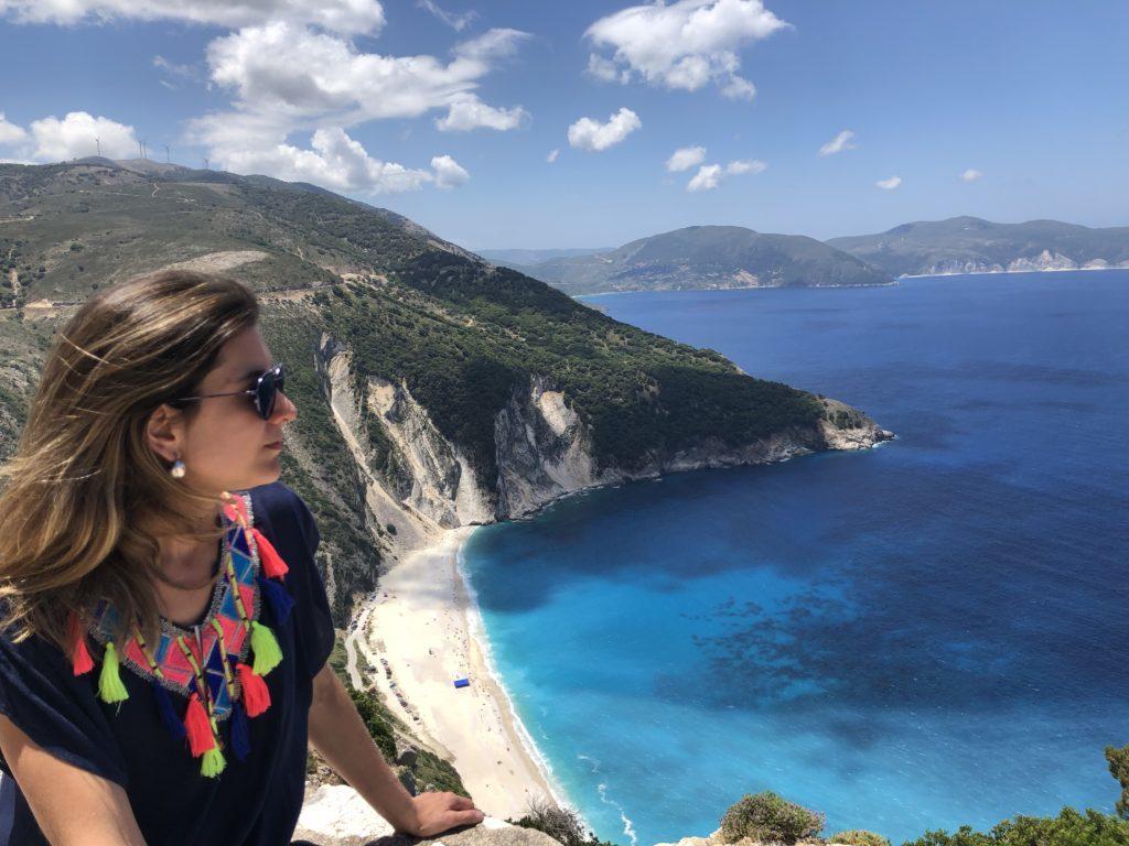 Mirante para a praia de Myrthos, é um dos pontos obrigatórios da viagem na Ilha de Kefalonia