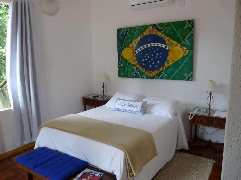 Onde ficar em Petropolis - Pousada Vila Brasil cama