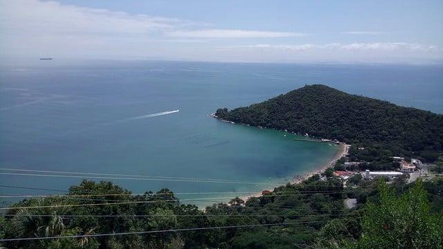 A Praia de Laranjeira - Foto: daniella.smendonca via Flickr