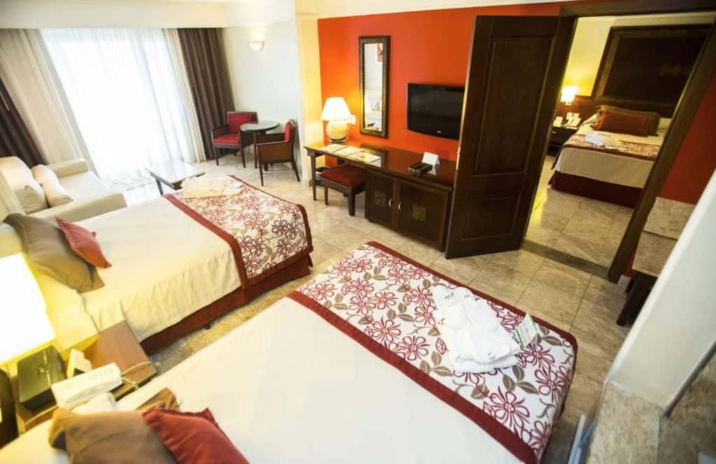 Connecting Junior Suites, os quartos conjugados que acomodam até 4 pessoas