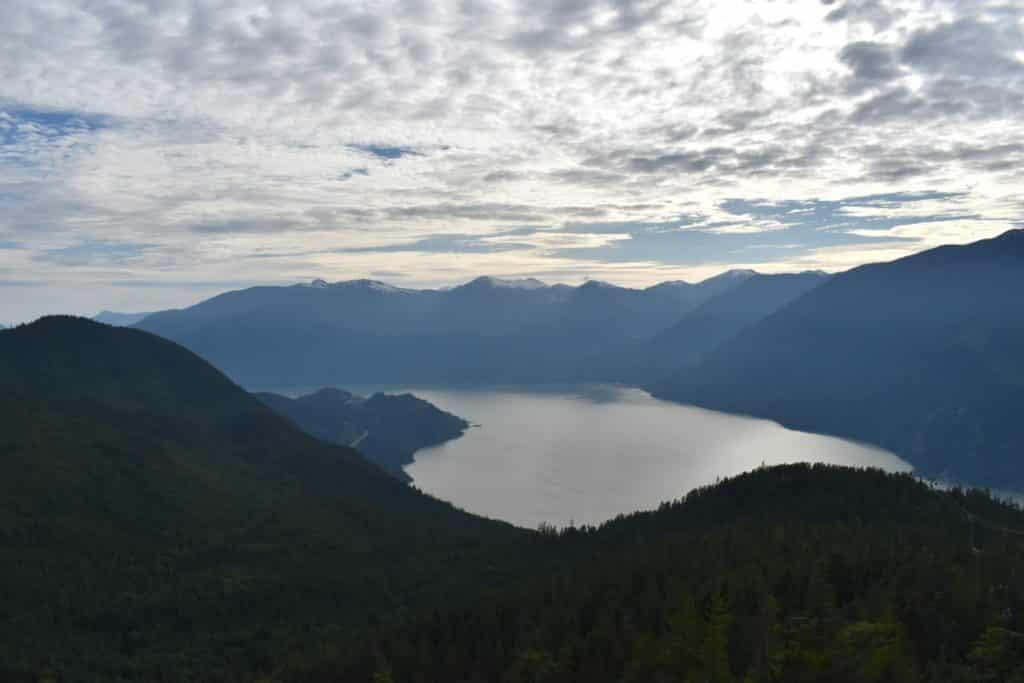 Vista do cume da Sea to Sky Gondola. Foto: Virginia Falanghe
