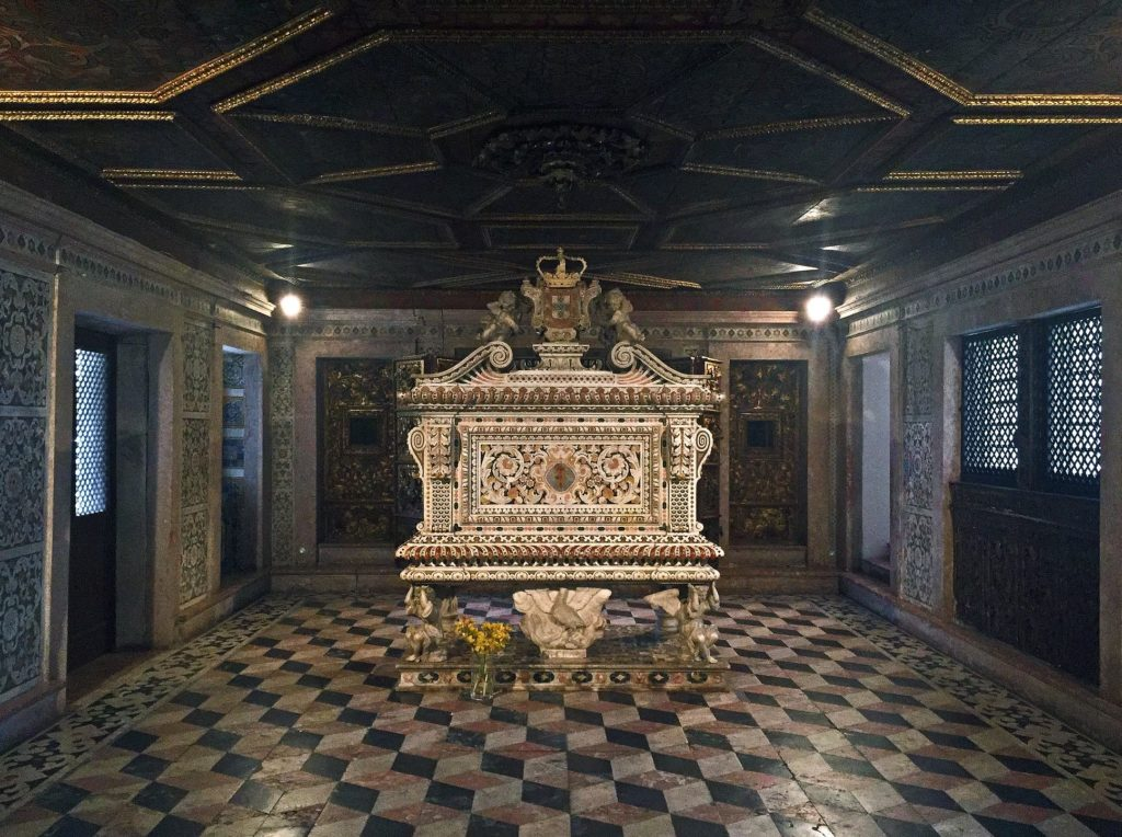 O túmulo de Santa Joana Princesa - Foto: Vitor Oliveira via Flickr