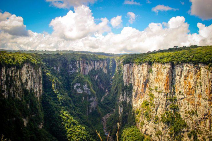 Canion Itaimbezinho em Cambará do Sul. Foto @eusouogabriel Gabriel Rodrigues