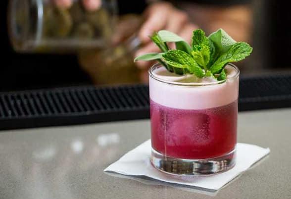 Bebida do Pub Tres Puntas. Foto do site oficial Valle Nevado